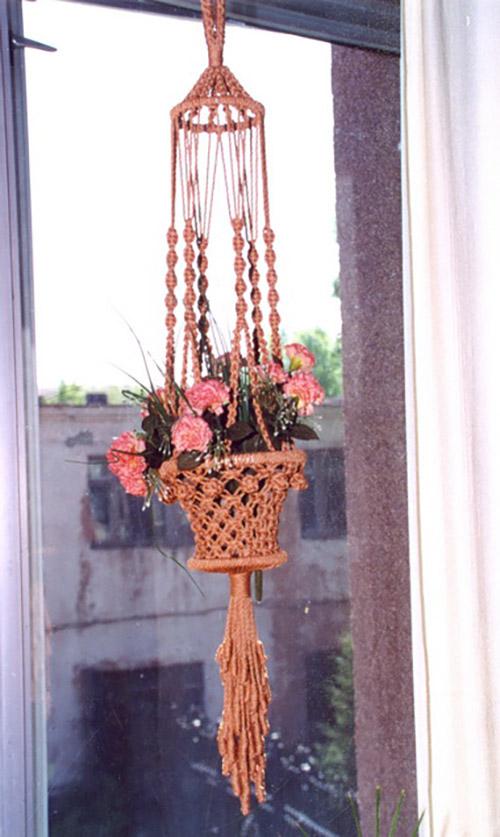 Кашпо для цветов сплести