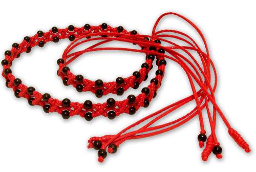 Плетёный поясок с бусинами, красный с черным, макраме, Жеглова Юлия